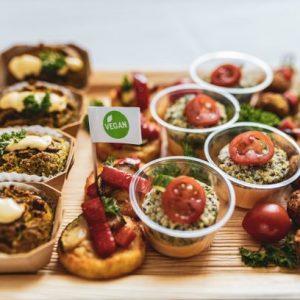 Die Vegane Platte von Fresh&Joy ist die richtige Abwechslung für Ihr Event