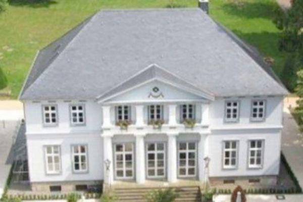 Eventlocation Hannover - Das Schlösschen Bad Nenndorf als Location für Ihre Feier
